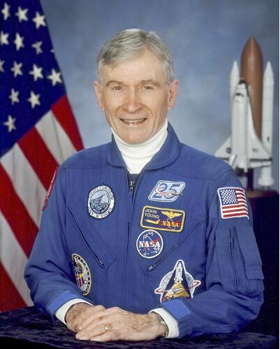 """美国""""传奇""""宇航员约翰•扬去世 曾6次飞往太空"""