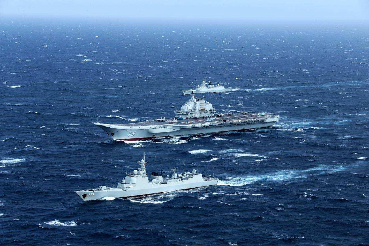 专家:辽宁舰远海训练可助新航母更快形成战斗力
