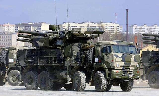 俄国防部:恐怖分子企图使用无人机袭击俄驻叙军事设施