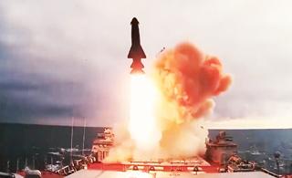 俄军最强舰队秀年度火力大片 一年打了213枚导弹