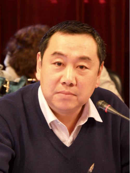 """陈欣新:维护中央全面管治权和保障香港高度自治权有机结合是""""一国两制""""的落实关键"""
