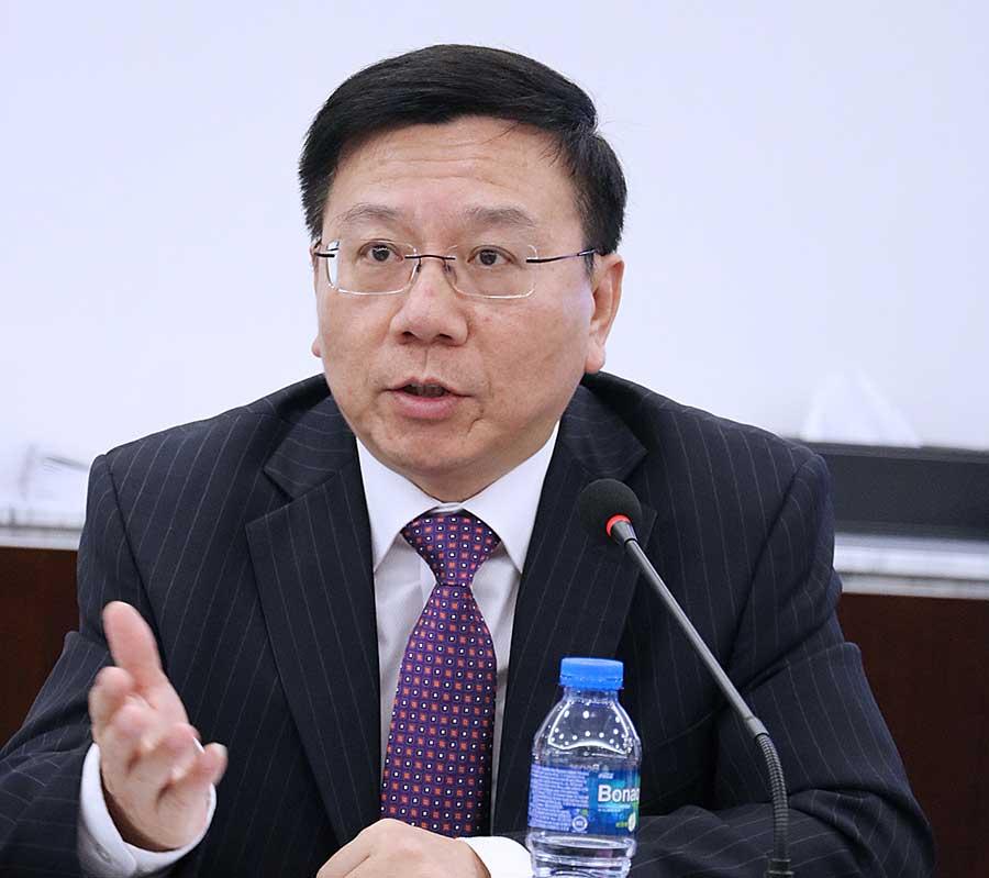 """顾敏康:香港政府应该大力宣传""""一带一路""""倡议 鼓励港人跟着国家""""走出去"""""""