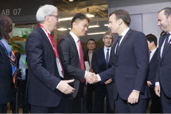 刘强东会面马克龙 京东送货快竟有法国巨头的贡献