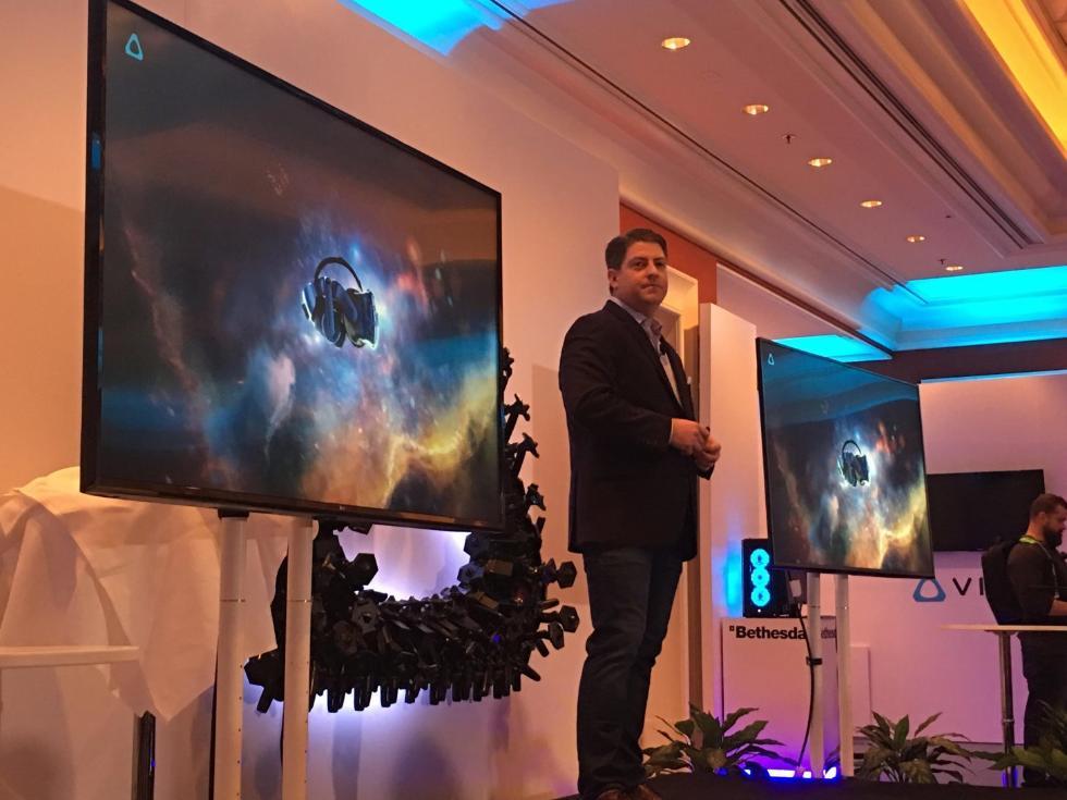 HTC在CES推新版VR头盔:屏幕分辨率和音频升级