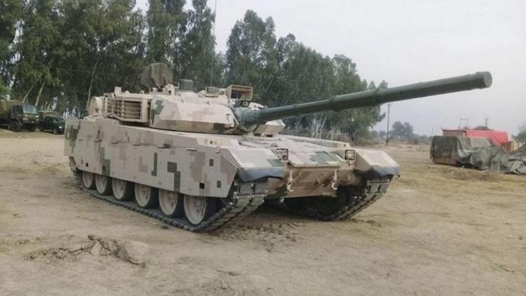 简氏:巴基斯坦测试中国VT4坦克 性能大幅提升