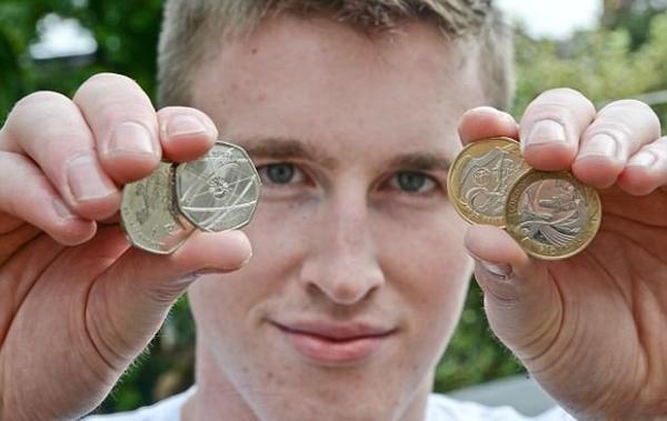 英建筑工发现商机 网上出售稀有硬币年赚62万元