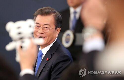 美媒记者羡慕韩国新年记者会:向所有记者敞开,明显有别于白宫