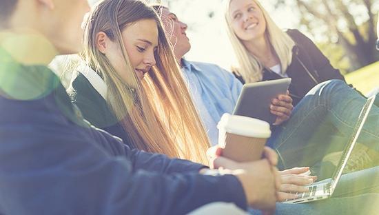 为鼓励留学生移民 加拿大专门开设签证学习中心