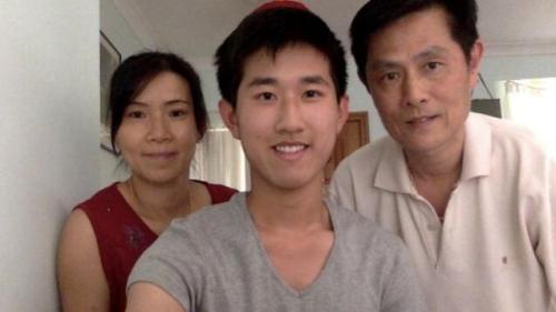 澳洲华裔少年HSC考高分 获得华裔富商资助