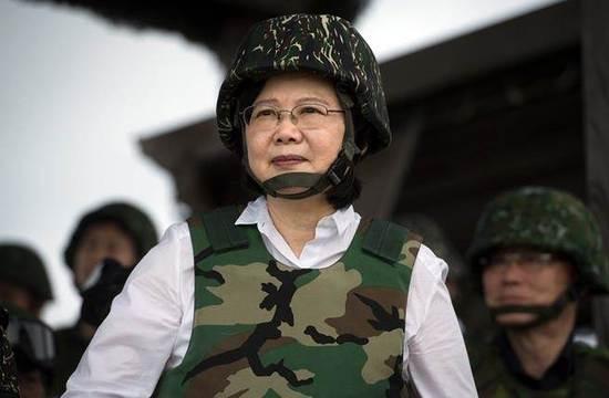 """绿营称""""靠美日护台"""" 网友呛:大陆打过""""联合国军"""""""