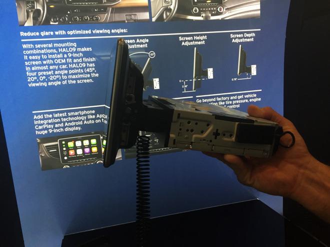 Alpine更新9英寸CarPlay车载系统 采用悬浮式设计