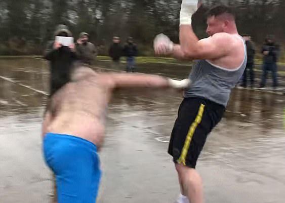 英两男子花一年练拳击约架互殴 获胜者赢得52万元