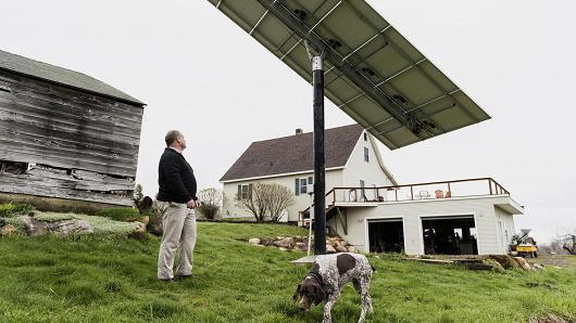 特斯拉开始生产太阳能屋顶 正考察客户房屋情况