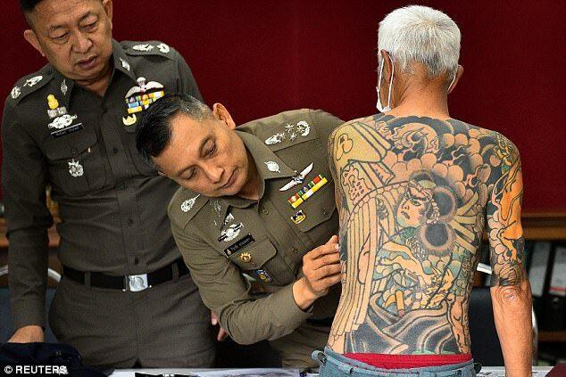 """日本黑帮山口组老大_日本黑帮老大逃亡10年后被抓,""""出卖""""他的是自己的纹身 ..."""