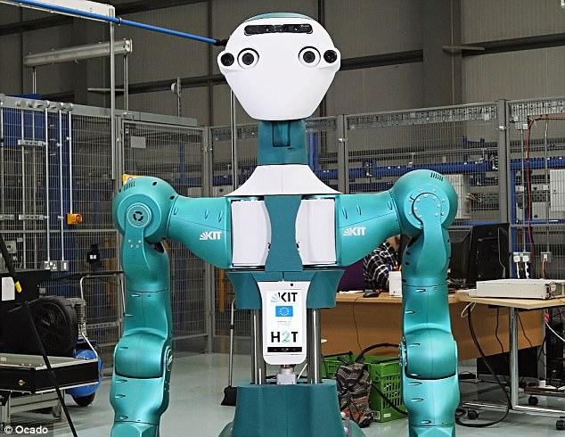 英最大在线超市发布仓储机器人 可给工人打下手