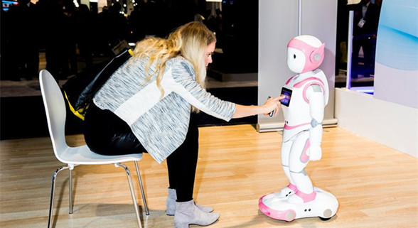 """AI之年"" 盘点CES 2018上的人工智能"