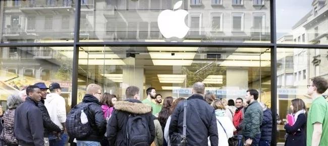 外媒推测iPhone爆炸原因:更换电池时短路