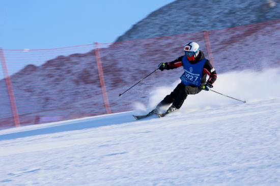 第三届大众滑雪技术大奖赛新疆阿勒泰站圆满结束