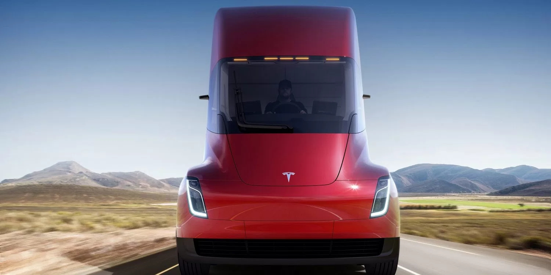 特斯拉获环保公司50辆新款全自动半挂卡车订单