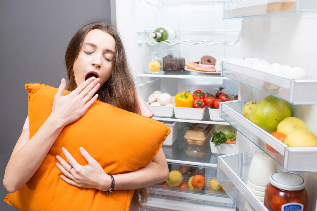 英最新研究:充足睡眠有助于形成健康饮食习惯