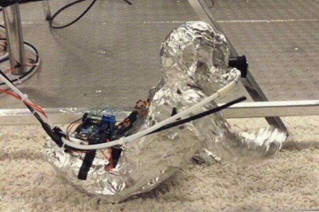 美大学用机器人测室内环境 证实儿童易吸入有害物质