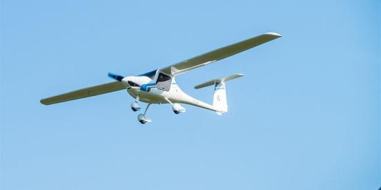 这架电动飞机成功试飞 打飞的上班或5年内实现