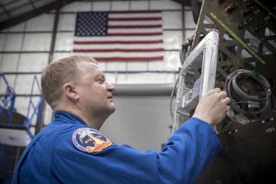 波音和SpaceX测试飞行时间表公布 谁将创造历史?
