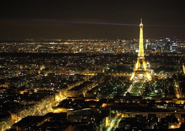 法国电信运营商斥巨资构建全覆盖网络体系