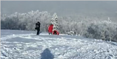 雪乡导游疑强售1680元套票 称有人不交钱被冻成残疾