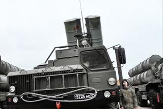 俄军在克里米亚新部署S400导弹营 无死角拦截