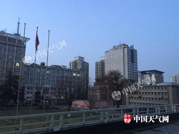 今天午后起北京大气扩散条件再度转差 明夜冷空气来袭