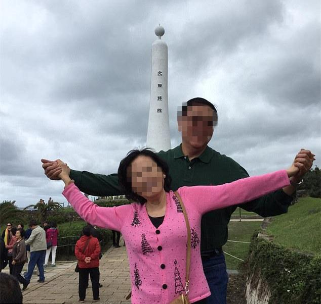华裔夫妇豪宅内遭行刑式枪杀 监控记录两嫌犯身影(视频)