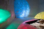 瑞典冰雪酒店:3万立方米冰雪打造冰冷彻骨之美