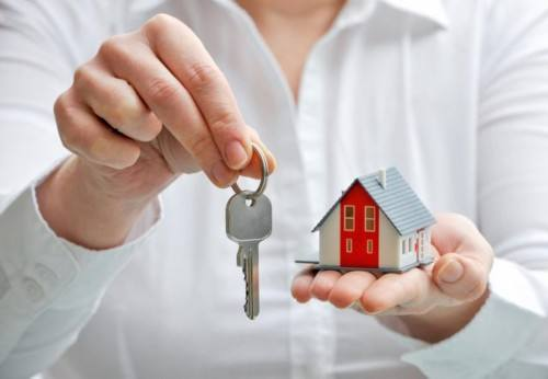 三问长租房建设:发展现状如何、租客权益咋保障?