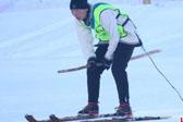 新疆阿勒泰举办古老滑雪竞赛毛皮滑雪板吸睛