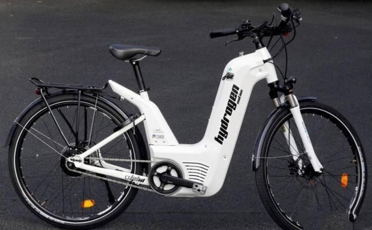 """法国推出世界首款氢燃料电力自行车""""阿尔法"""""""