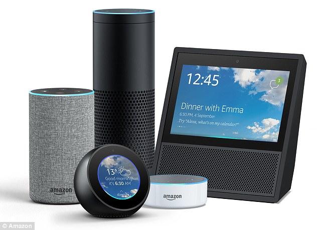 Echo Spot于2017年9月首次发布,于2017年底在美国上市,其拥有的先进麦克风,即使在播放音乐时也能听见用户说话。(实习编译:蔡卓多 审稿:李宗泽)