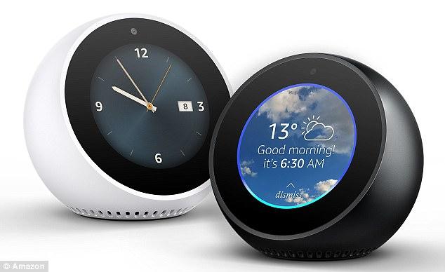 亚马逊在英国上市最新款智能音箱Echo Spot,拥有摄像头和麦克风。