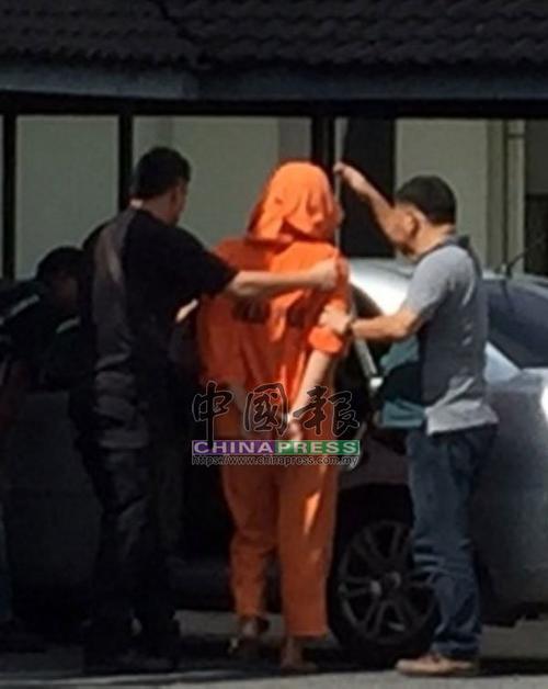 马媒:马来西亚华裔男子强奸18岁同事 潜逃后被警方逮捕