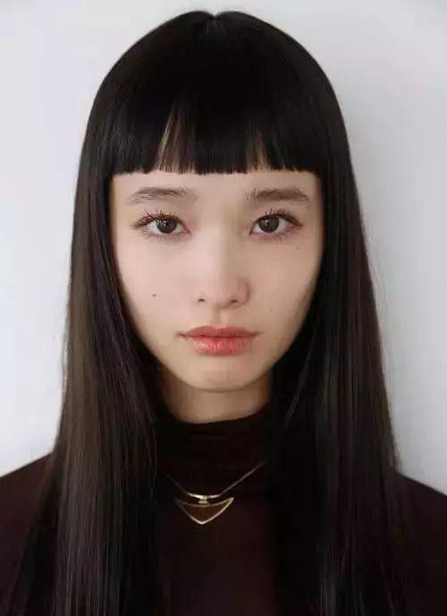 古怪精灵Yuka Mannami:来自二次元的不止是刘海而已|看什么街拍