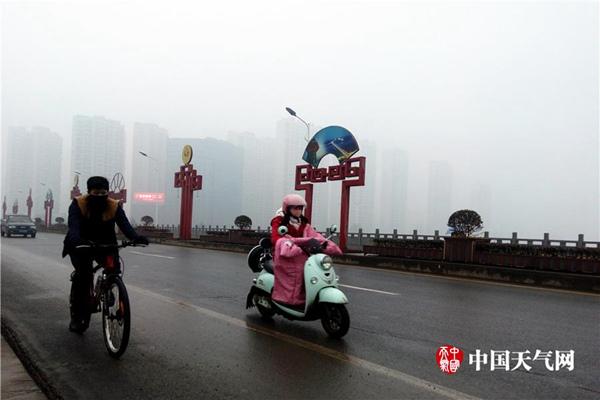 华北等地今日霾散明天再起 苏皖等7省有大雾