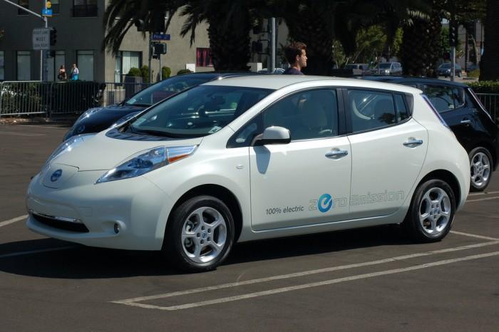 日产电动汽车Leaf即将上市 预订量超过1.3万辆