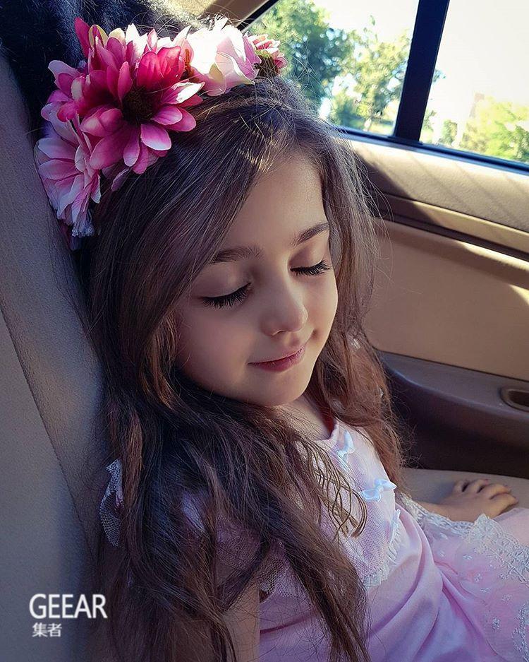 世界最漂亮的小女孩_奇闻趣事  全世界最美丽的小女孩:美到被跟踪,爸爸辞职当保镖 ...