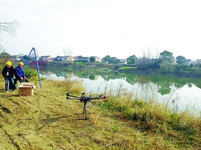 湖南移动成功试点用无人机跨河架设光缆