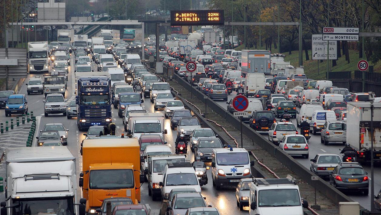 法国人每年上班路上耗费7天 骑自行车上班最快乐
