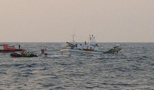 韩国蔚山海域2艘渔船发生碰撞  一名越南船员失踪