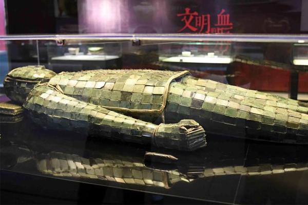 殷墟甲骨、夏商青铜器等百余文物精品福建展出
