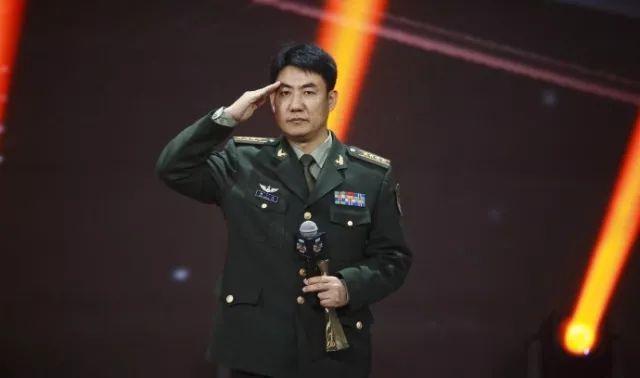 """满广志在微博之夜被""""活捉""""!网友们炸锅了……"""