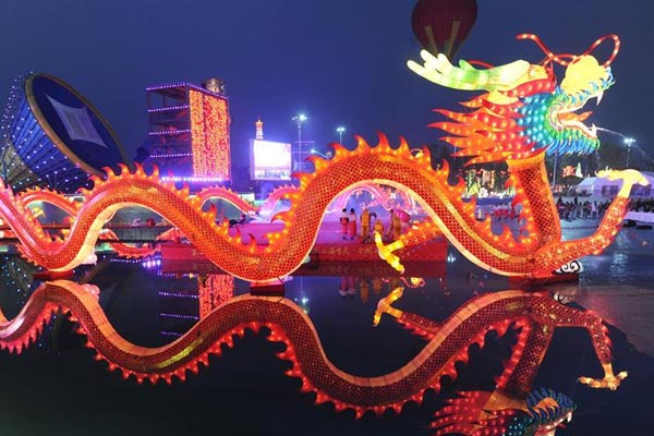 重庆合川三江:流光溢彩花灯会