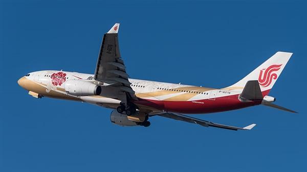 四大航空公司聚齐!国航正式开放机上使用手机